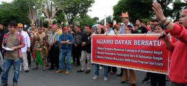 Aliansi Dayak Bersatu Tolak Pencabutan Moratorium Transmigrasi
