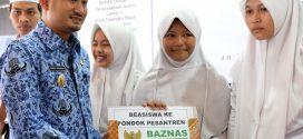 Baznas Berikan 2 Penghargaan Kepada Badan Kesbangpol